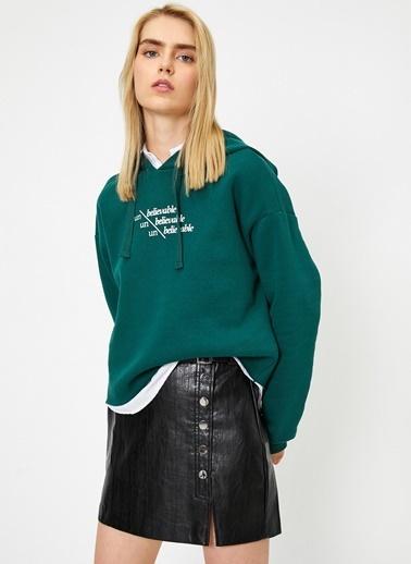Koton Koton Uzun Kollu Yazılı Baskılı Kapüşonlu Sweatshirt Yeşil